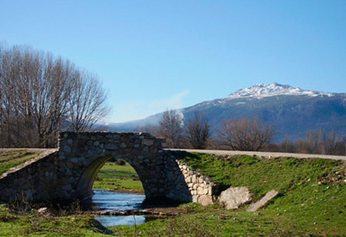 pueblo-alameda-del-valle-01