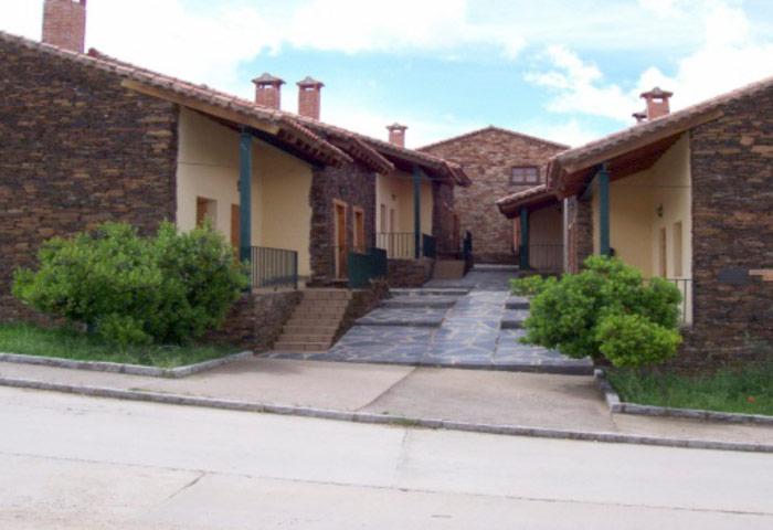 Apartamentos De Turismo Rural Cervera De Buitrago El Egío Sierra Norte De Madrid