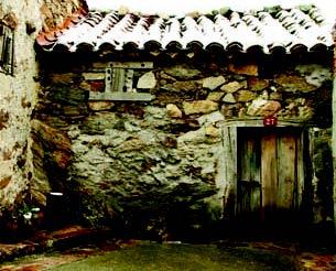 guia-turistica-villavieja_DGT_folleto5_casa tradicional. folleto_Ayuntamiento de Villavieja del Lozoya, CAM