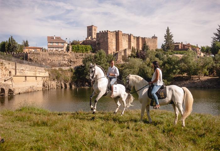 sierra norte de madrid on horseback
