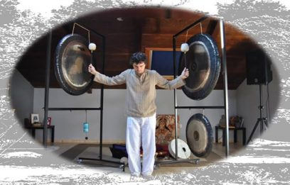 Gong bath, a concert of ancient music